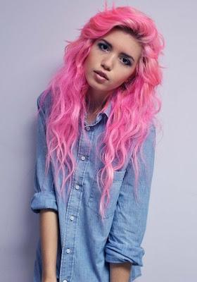 dziewczyny z kolorowymi włosami mam tysiąc ważniejszych spraw niż oglądanie się do tyłu
